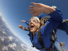 Fundraise By Skydiving in Auckland